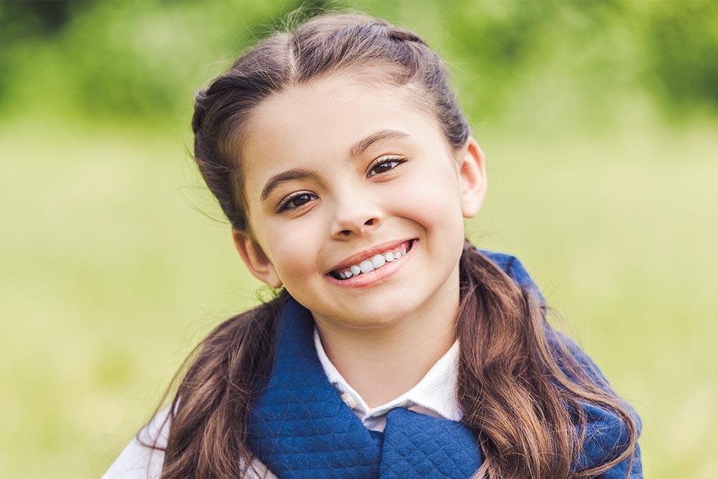 Κοριτσάκι χαμογελάει, Εκτομή κύστης ωοθήκης