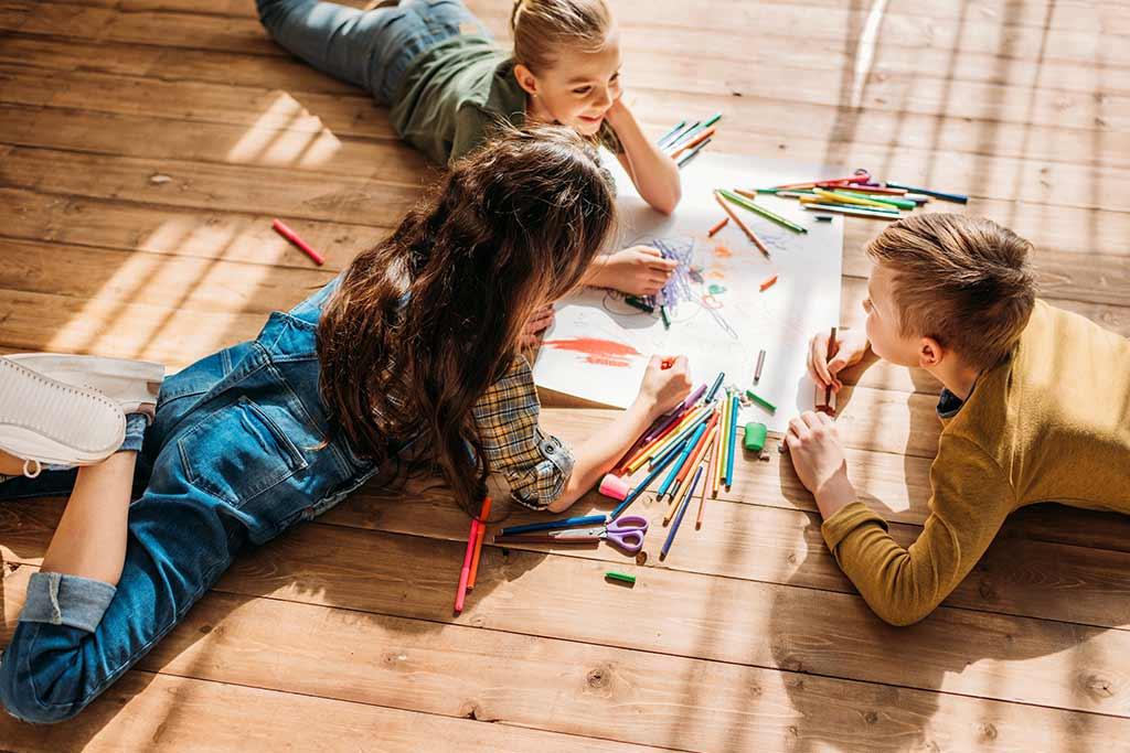 Παθήσεις κεφαλής, παιδιά που ζωγραφίζουν