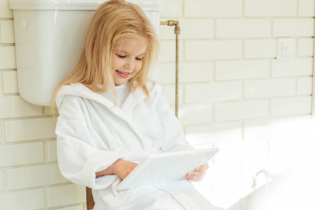 Κοριτσάκι στην τουαλέτα, Παθήσεις Ουροποιητικού