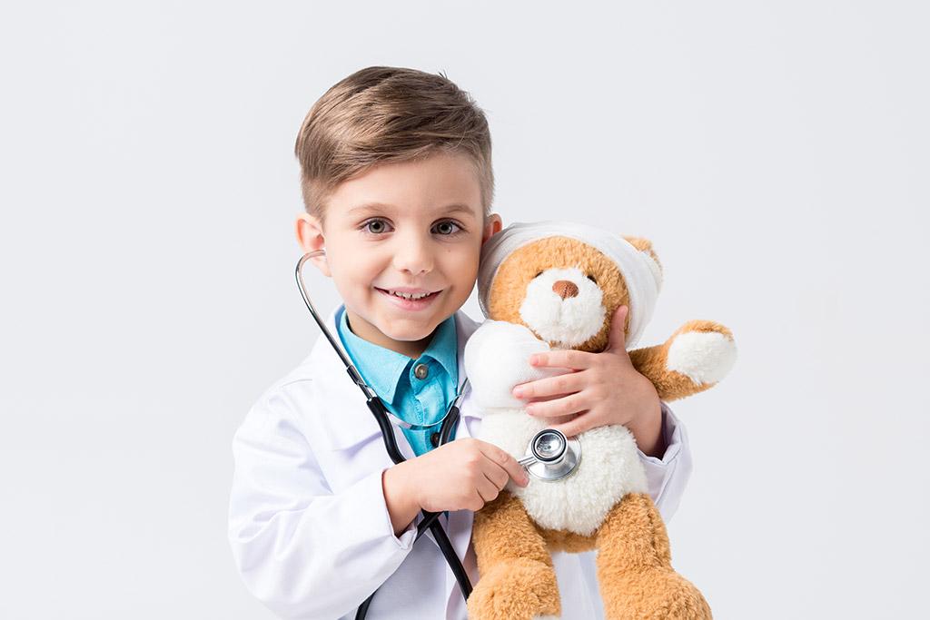 Αγόρι παίζει τον γιατρό, υποσπαδίας